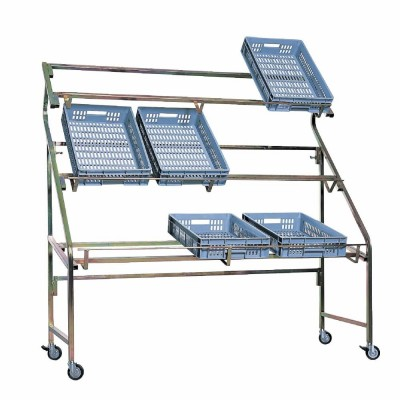 Presentoir cagettes largeur 170 cm-Lits de camp forains
